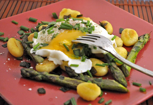 Asparagus with Poached Egg and Gnocchi