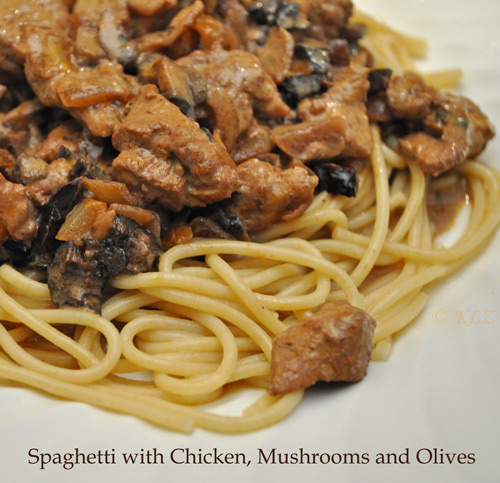 Spaghetti with Chicken, Mushroom and Olives