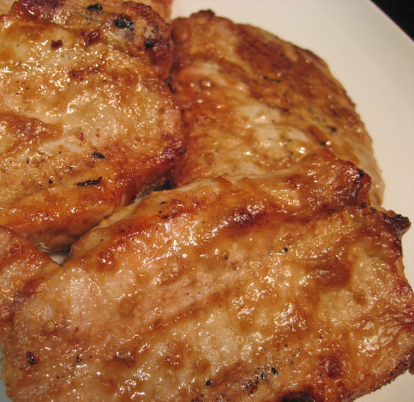Grilled Pork Chops with Peanut Sauce