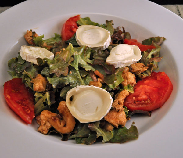 Salad with Sauteed Turkey and Goat Cheese