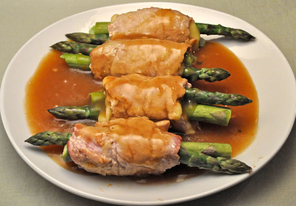 Veal Rolls with Asparagus