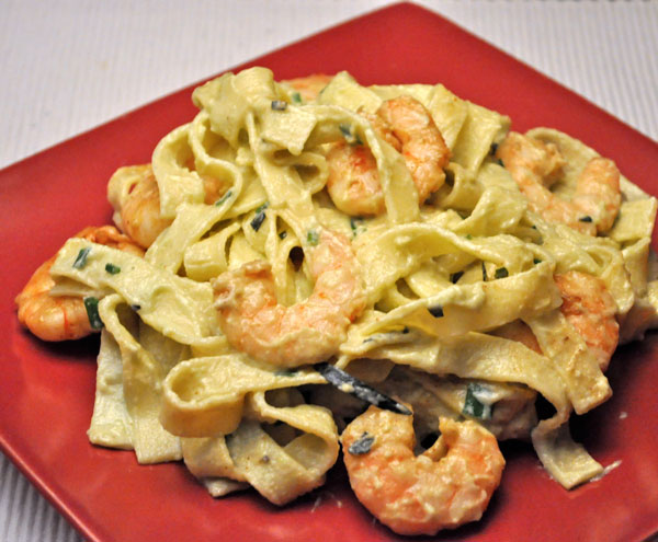 Fettuccini with Shrimp and Avocado Saucepasta_shrimp_avocado