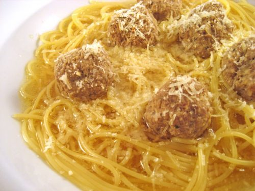 Garlic Spaghetti and Meatballs