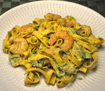 Tagliatelle with Shrimp, Avocado and Pesto
