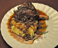 Slow Cooker Lamb Shanks