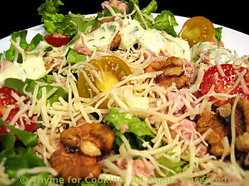 Salad with Tuna, Walnuts, Creamy Ranch