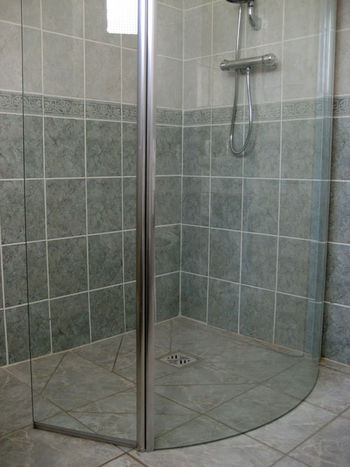 Shower_door