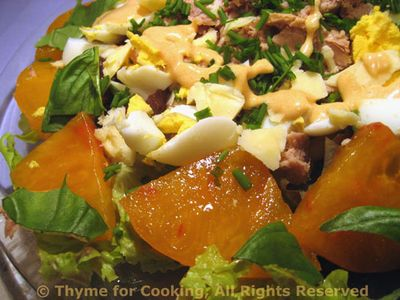 Salad with Tuna, Ananas Tomatoes and White Beans