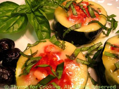 Stuffed Courgette (Zucchini) Cups