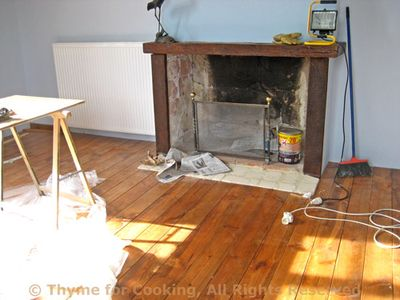 Floor_fireplace