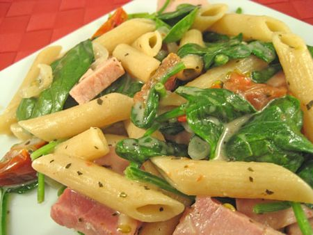 Pasta with Ham Spinach and Mascarpone