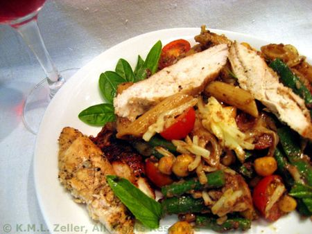Pasta with Grilled Chicken and Tapenade