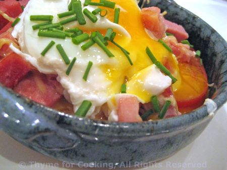 Baked Tomatoes with Ham and Egg