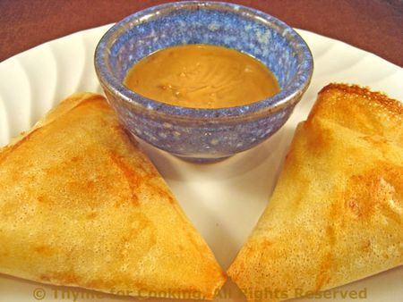 Samosas with Peanut Sauce