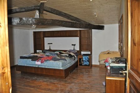 Bedroom_moving1