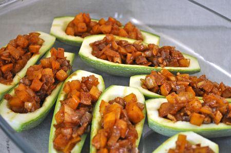 Zucchini stuffed with Peppers
